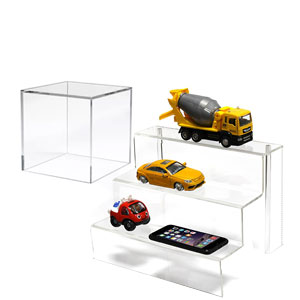 Acrylic Risers, Cubes & Easels